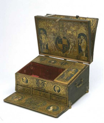 Henry VIII's writing desk, about 1525 V&A Museum no. W.29:1 to 9-1932